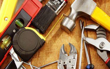 handyman 896x669